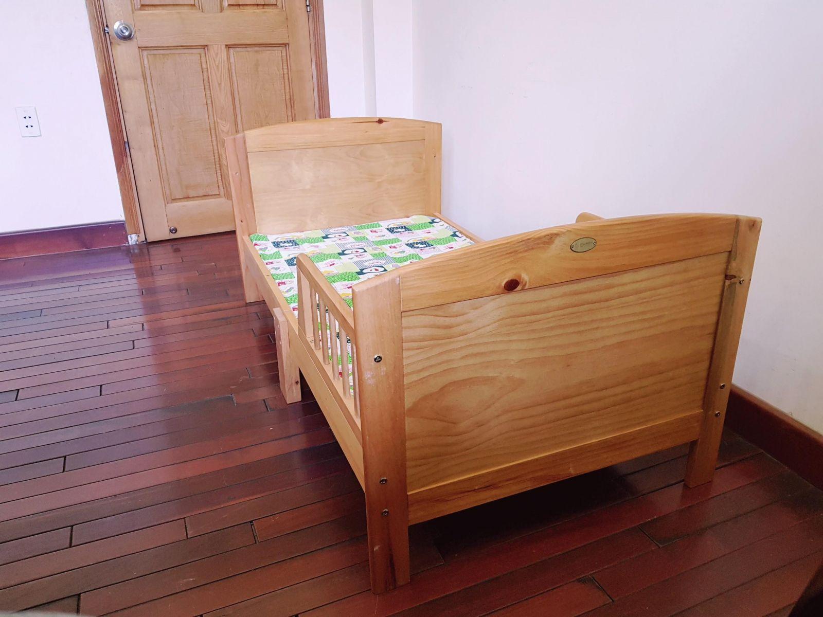 Giường trẻ em Junior