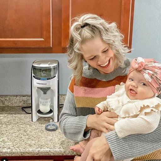 Máy Pha Sữa Baby Brezza Formula Pro Advanced - Có đáng tiền không?