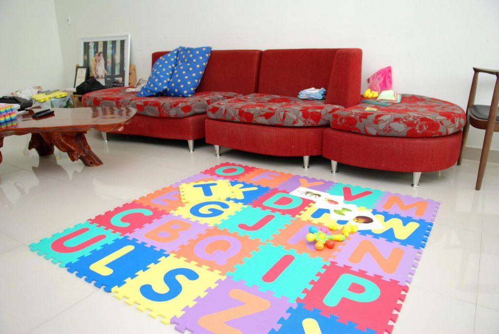 Thảm xốp lót sàn hình chữ cái 26 miếng