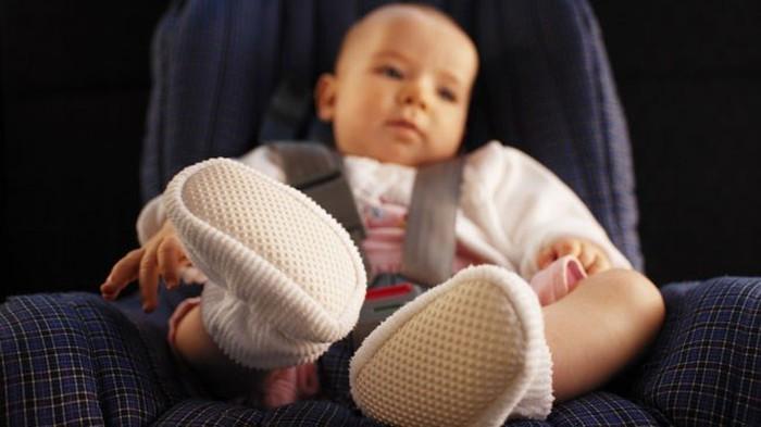 Có rất nhiều trường hợp bé bị để quên trên xe dẫn đến tử vong.