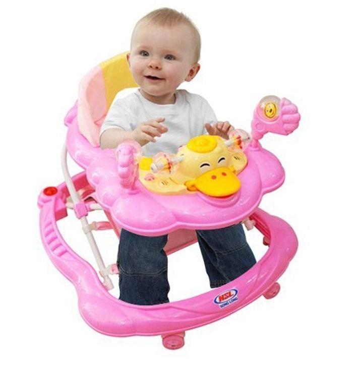 Xe tập đi cho bé chính là điểm tựa giúp bé tự tin hơn.