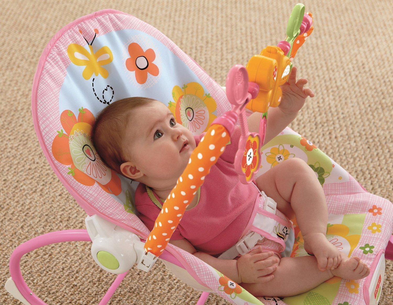 Ghế rung có sự chuyển động nhẹ nhàng giúp bé nhanh chóng chìm vào giấc ngủ.