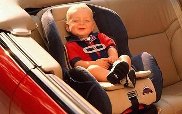 Ghế ngồi ô tô cho trẻ không thể thiếu đối với mỗi gia đình.
