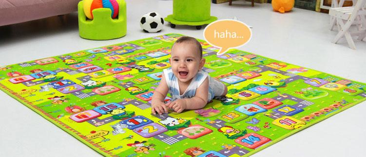 Nên mua thảm nằm chơi cho bé có chất liệu tốt, dễ thoát khí.
