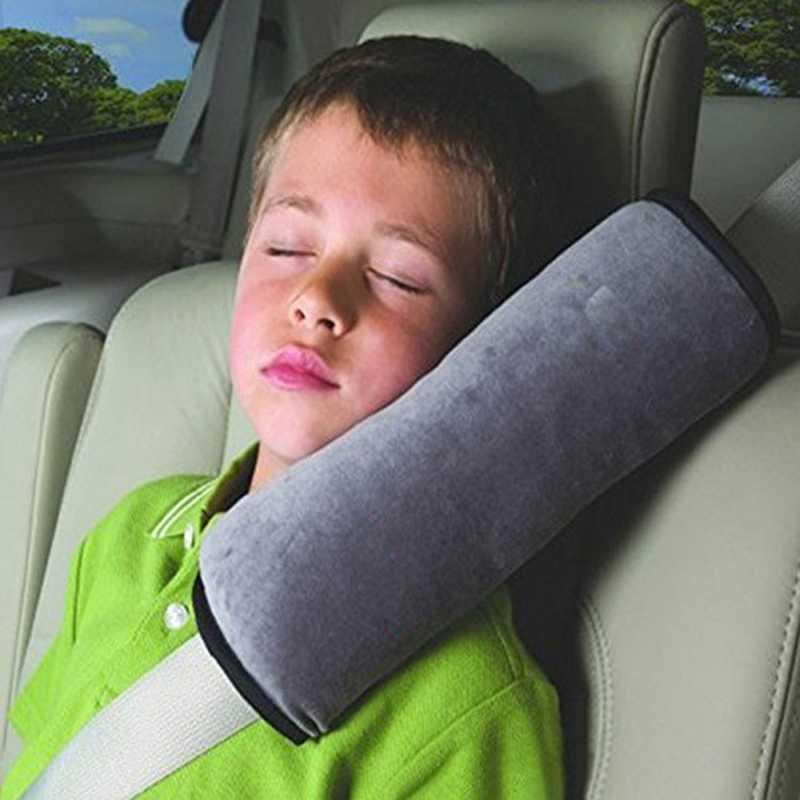 Sử dụng ghế đỡ đầu sẽ không đảm bảo an toàn cho bé.