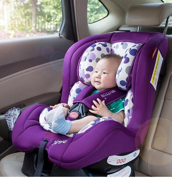 Vệ sinh ghế ngồi ô tô đúng cách chính là giải pháp bảo vệ sức khỏe con yêu tốt nhất.